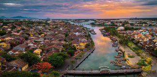 Hội An es una ciudad situada en la costa central de Vietnam