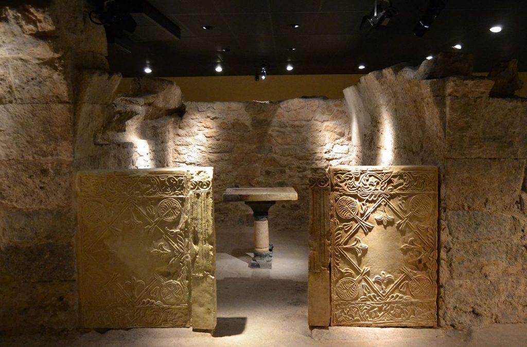 Cripta Arqueológica de la Cárcel de San Vicente de Mártir
