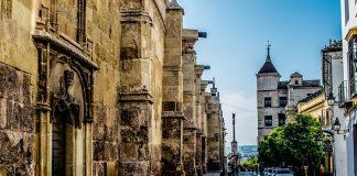 El centro de Córodba y la dificultad de encontrar aparcamiento