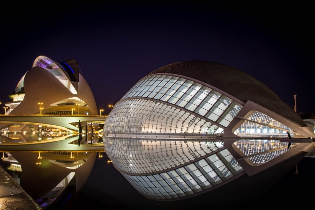 Salir de noche por la Ciudad de las Artes y las Ciencias