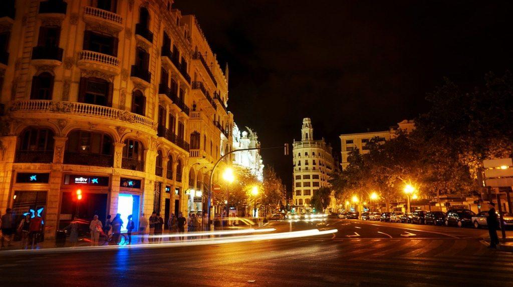 Uno de los barrios para salir de noche en Valencia