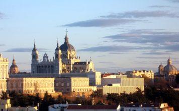Estos son los seis mejores miradores de Madrid - Catedral de la Almudena