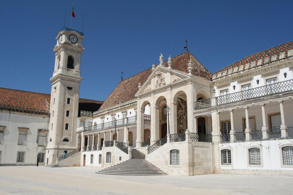 Universidad de Coímbra.