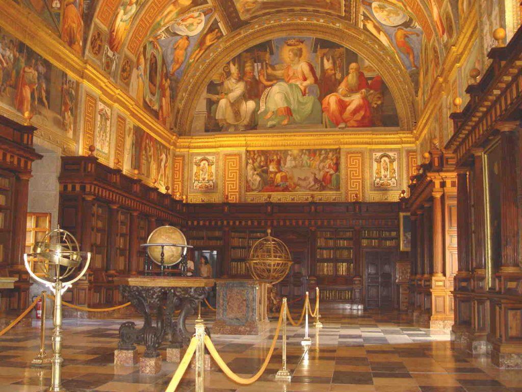 interior biblioteca el escorial