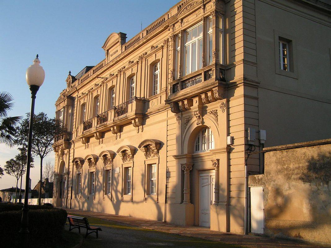 Casa de Cultura de Castropol