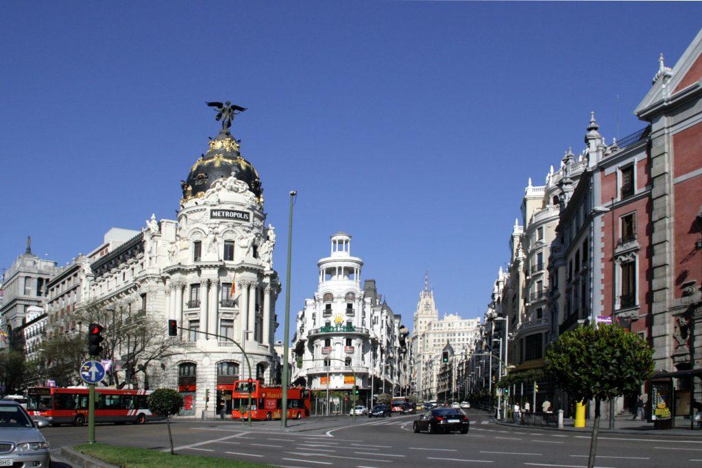 edificio metropolis madrid