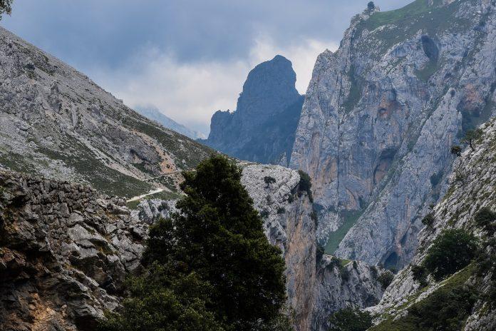 Picos de Europa: Ruta del Carés