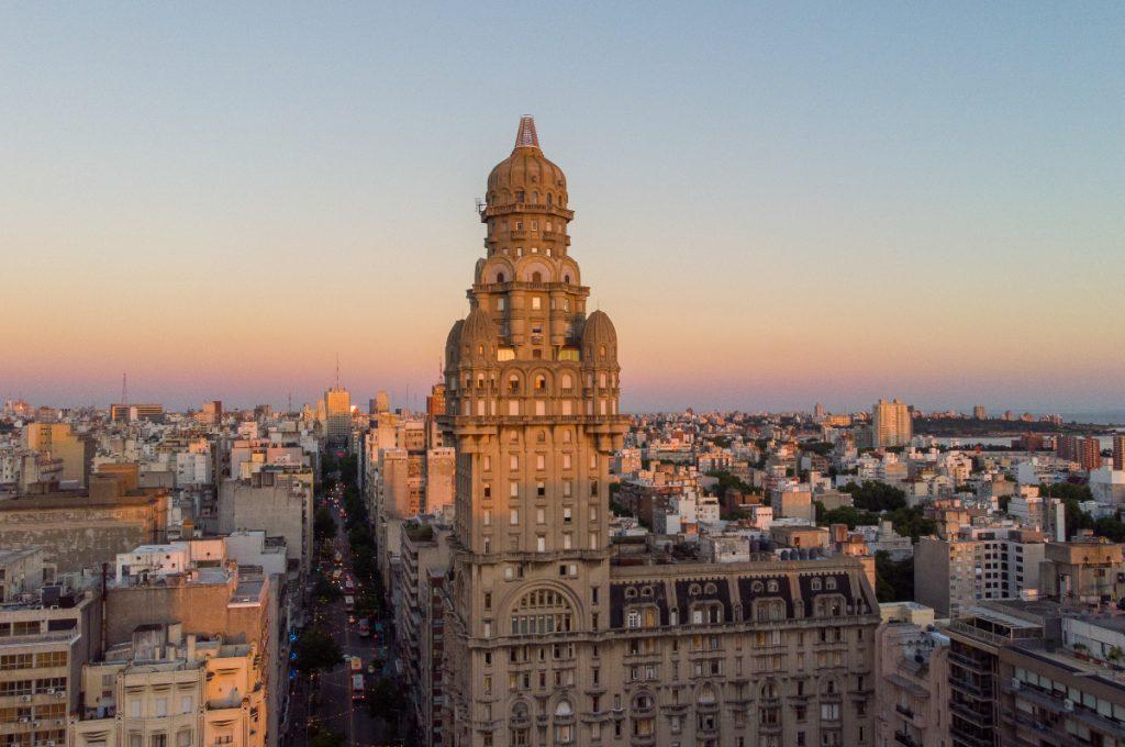 Guía Benedetti por Montevideo