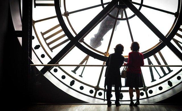 Escena de La Invención de Hugo en el reloj del Museo de Orsay