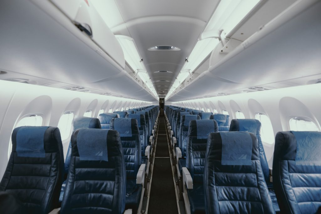 Consejos para aguantar un vuelo largo - Descubrir