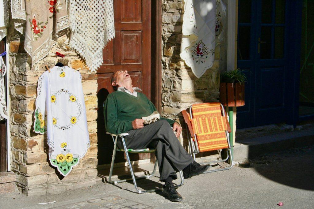 Costumbres españolas sorprenden turistas
