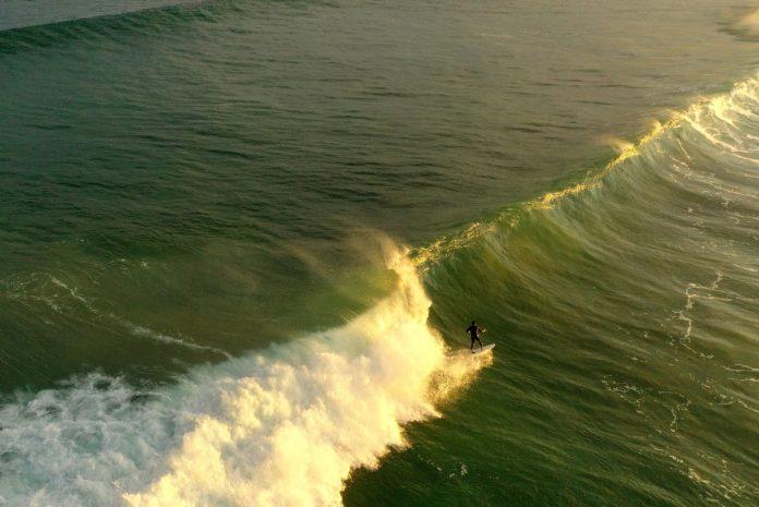 Mejores destinos para practicar surf en España