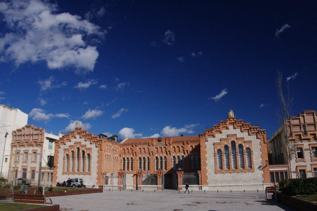 5 destinos para disfrutar del modernismo en España - Descubrir