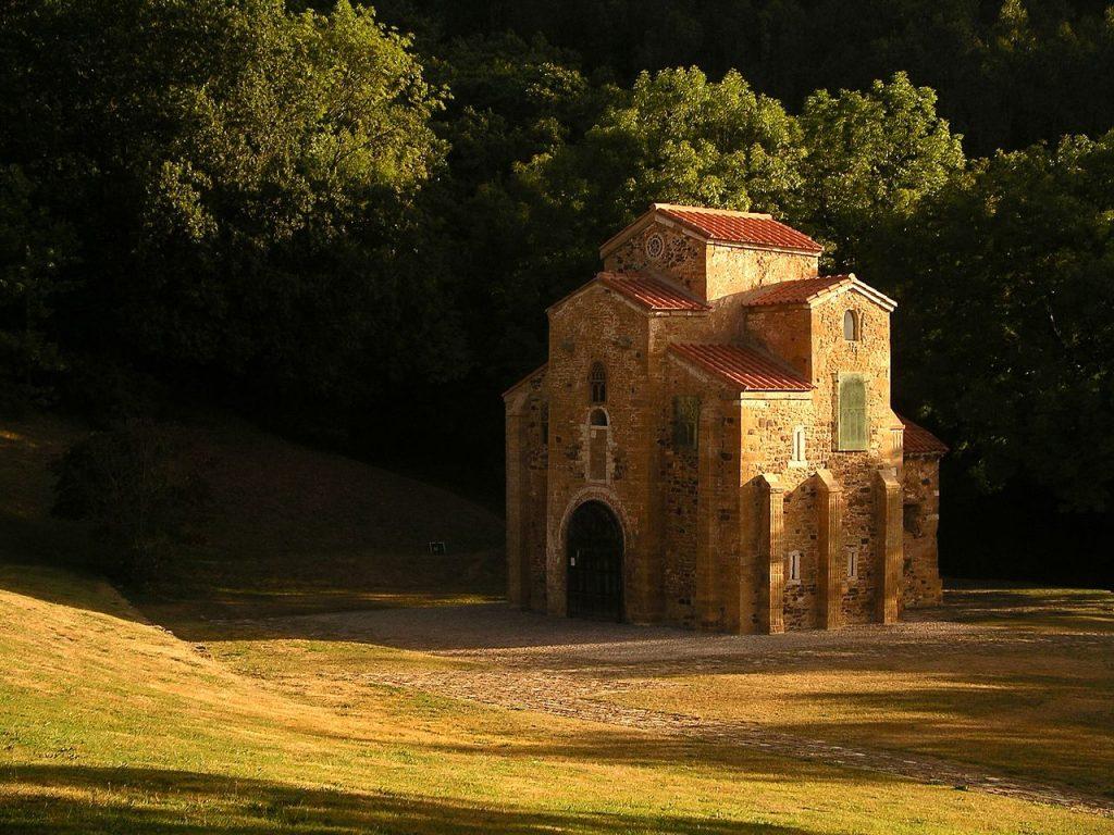 San Miguel de Lillo (Oviedo)
