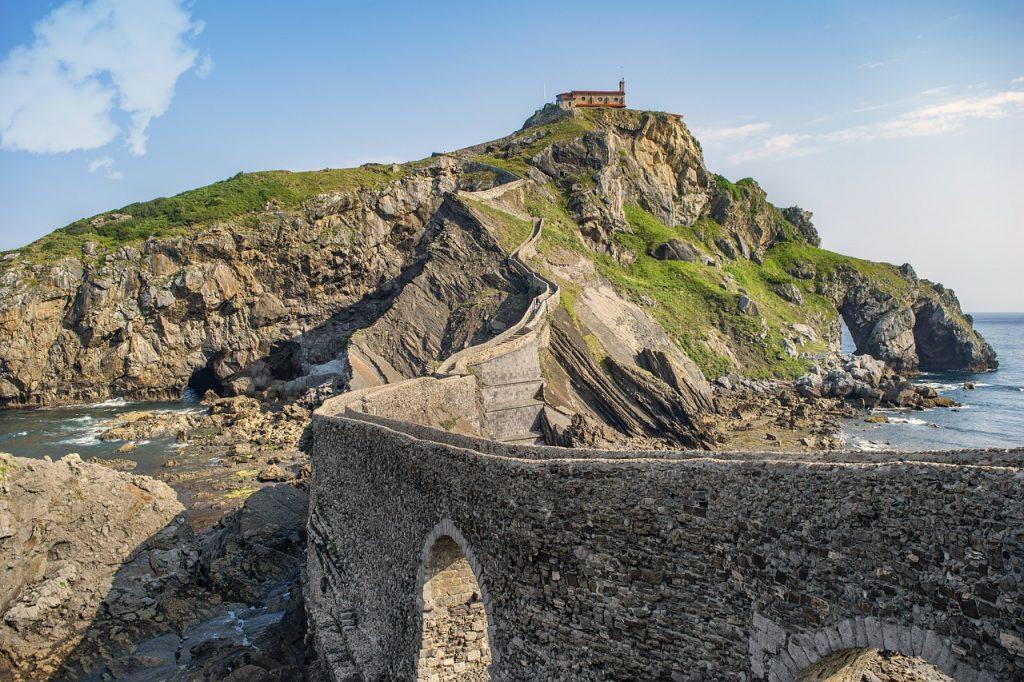 San Juan de Gaztelugatxe, cómo visitar la fortaleza más famosa de España - Descubrir