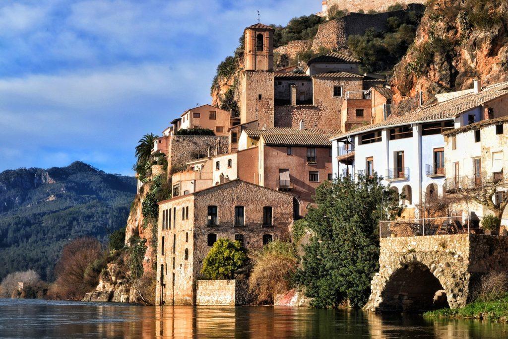 Los pueblos más bonitos de Tarragona - Descubrir